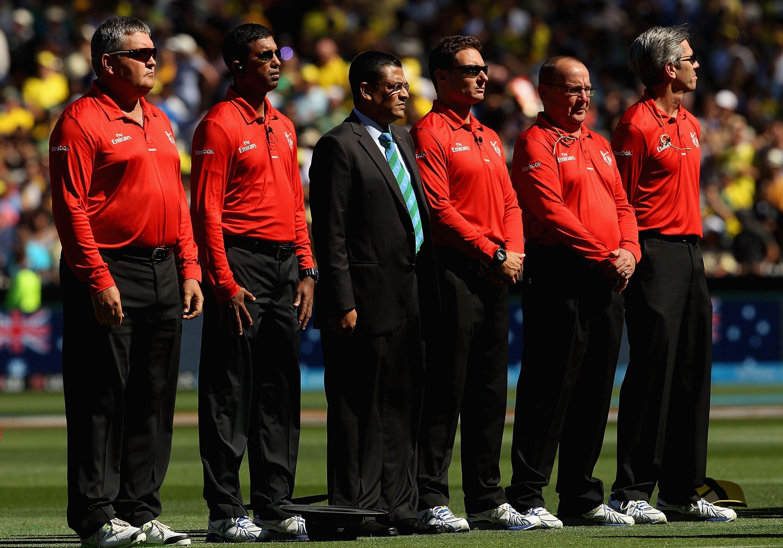 यी हुन् विश्व क्रिकेटका १२ महँगा रेफ्री