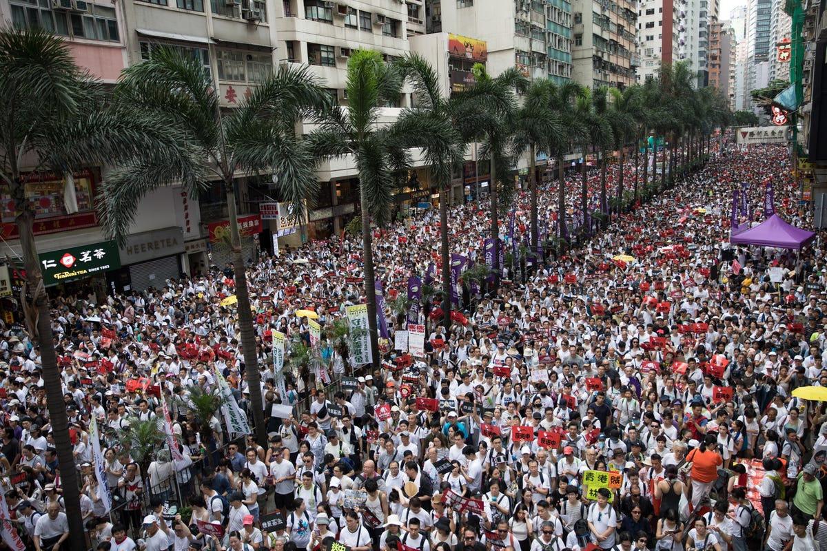 विरोध प्रदर्शनका क्रममा हङकङमा एक जना वृद्धको मृत्यु