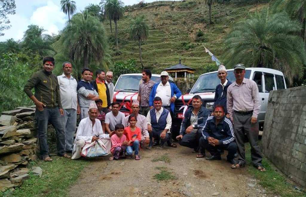 अजयमेरु गाउँपालिकाले सार्वजनिक यातायात सञ्चालनमा ल्यायाे