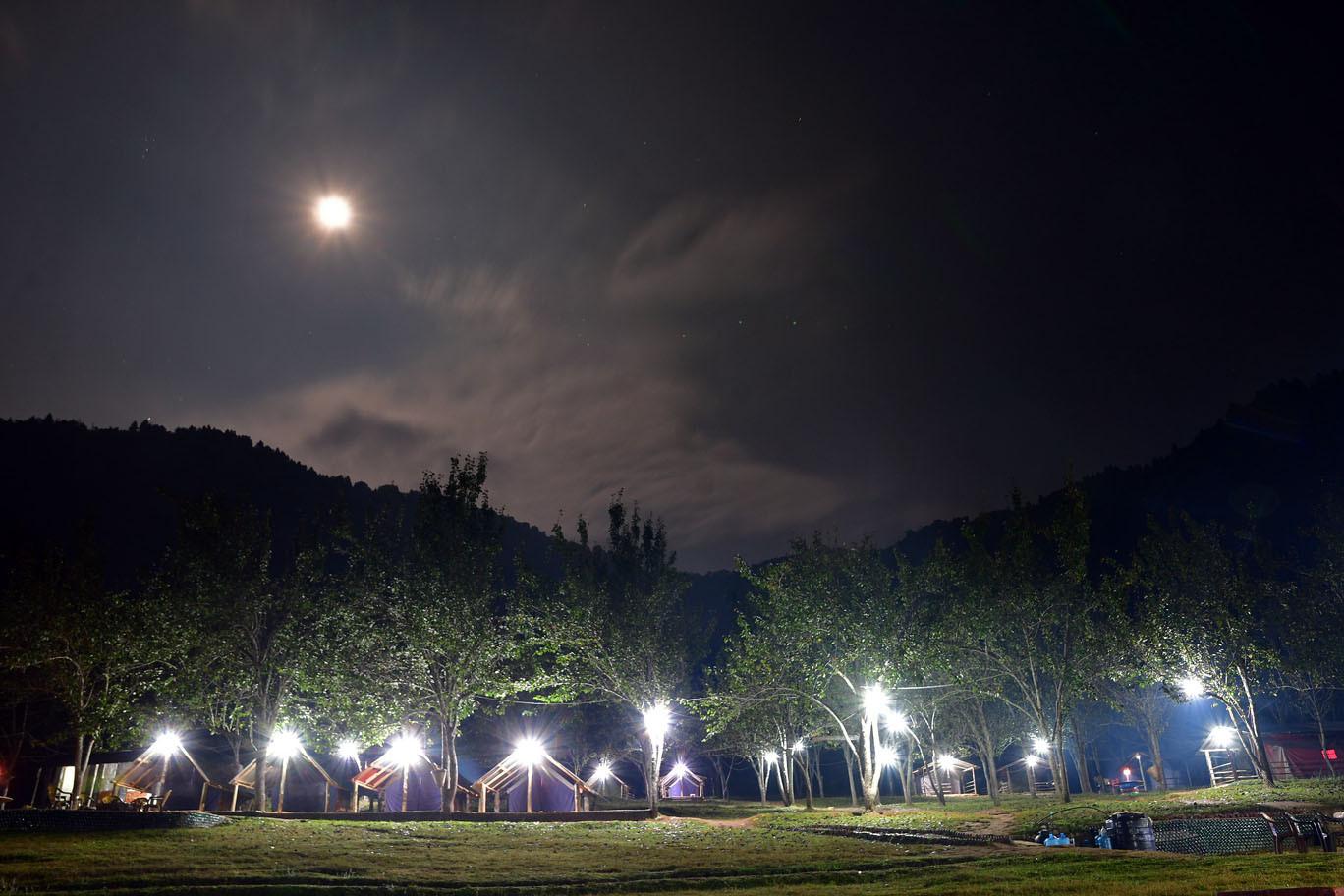 चित्लाङ हुँदै इन्द्रसरोवर (फोटो फिचर)