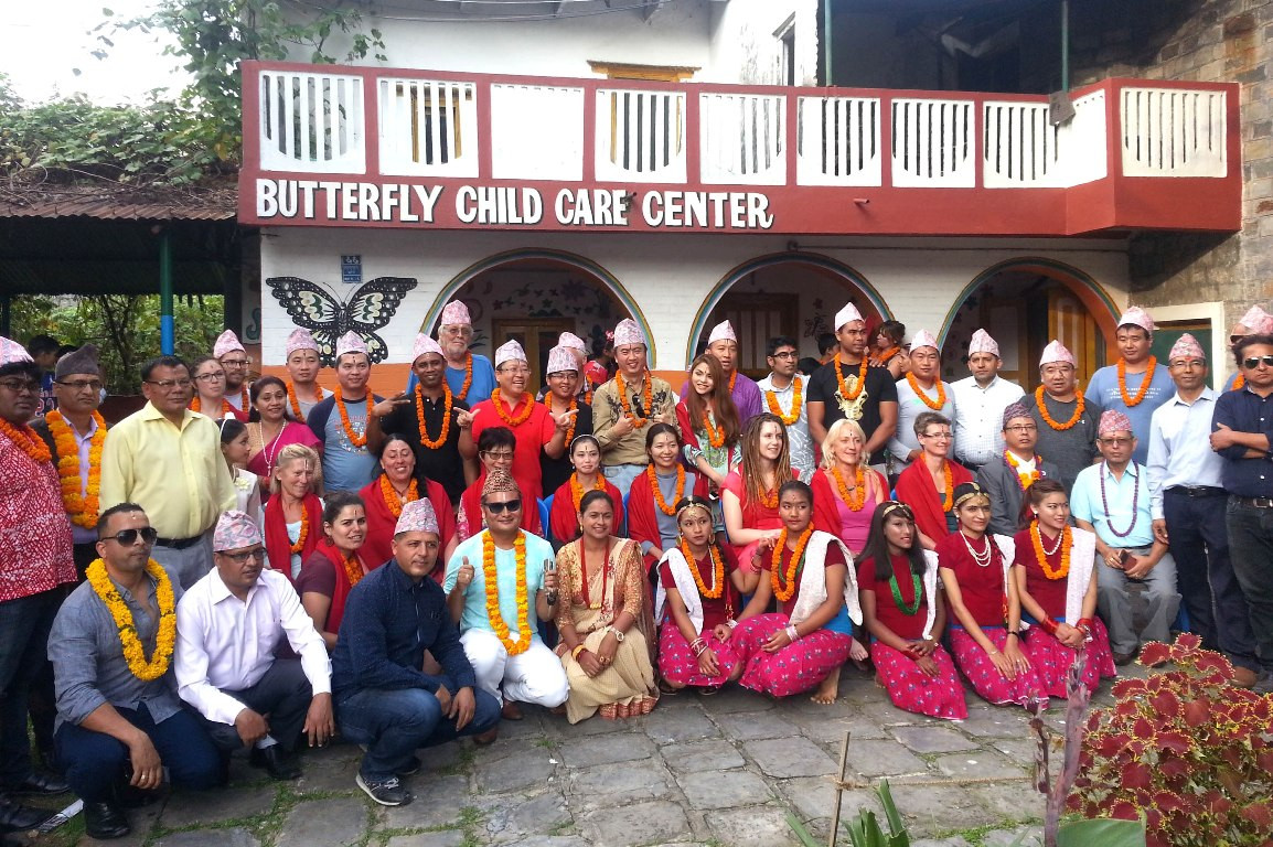 १२ देशका ३० पर्यटकले पोखरामा मनाए भाइटीका