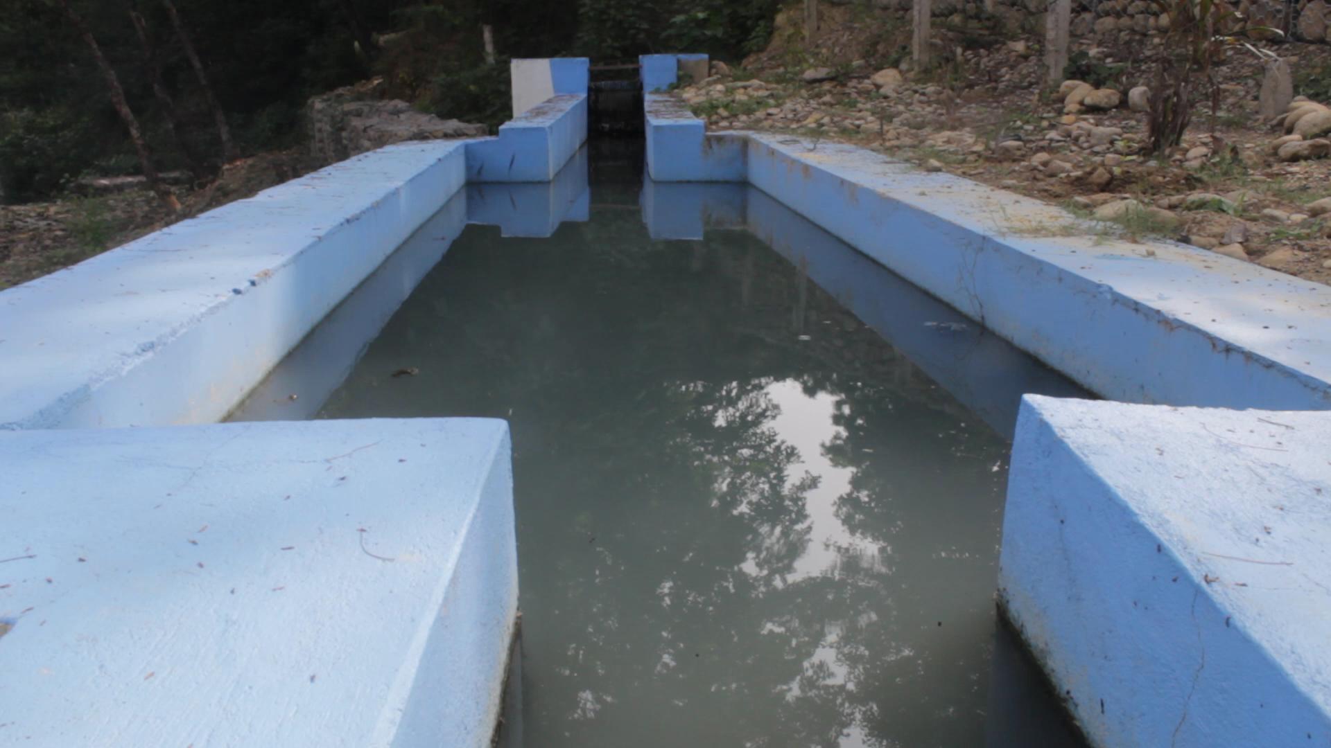 सैनामैनाको नमुना विधि : ढलको पानी प्रशोधनपछि खोलामा
