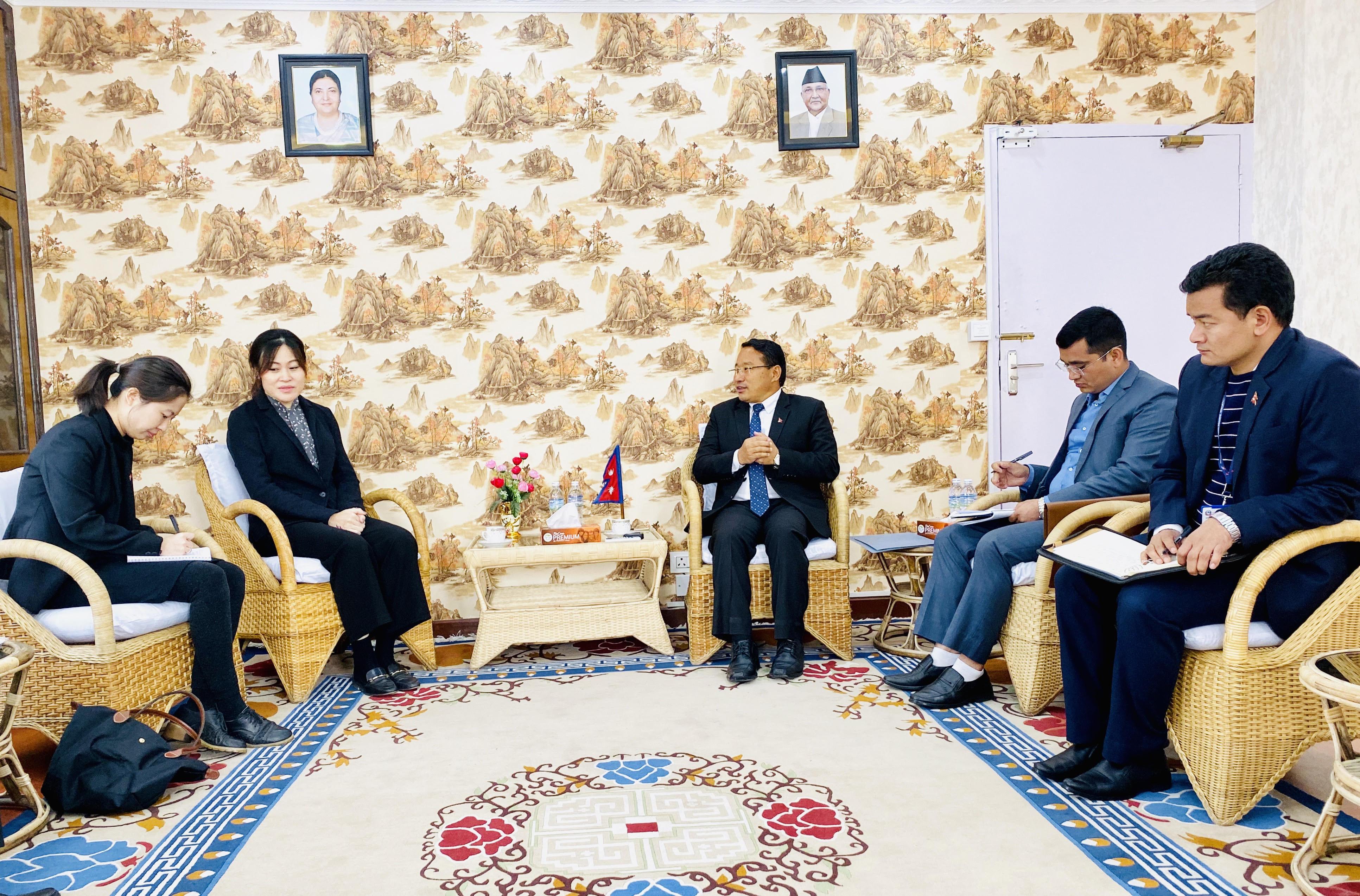 ऊर्जामन्त्री–चिनियाँ राजदूतबीच भेटवार्ता, नेपाल–चीनबीच भएका समझदारी अघि बढाउने विषयमा छलफल
