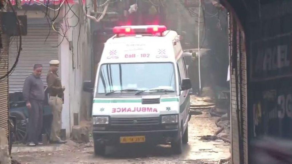दिल्लीको रानी झाँसी रोडमा भीषण आगलागी, ४३ को मृत्यु