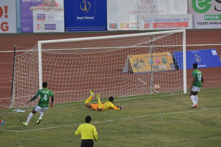 बंगलादेशलाई हराउँदै नेपाल फुटबलको फाइनलमा