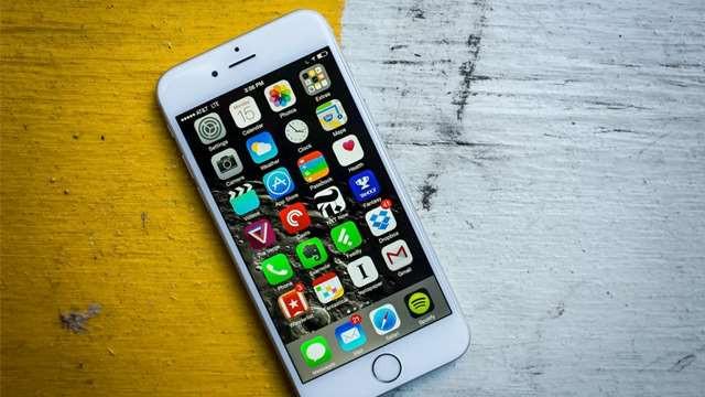हरेक महिना कबाडीमा फालिन्छन् हजारौं आईफोन, यस्तो छ कारण