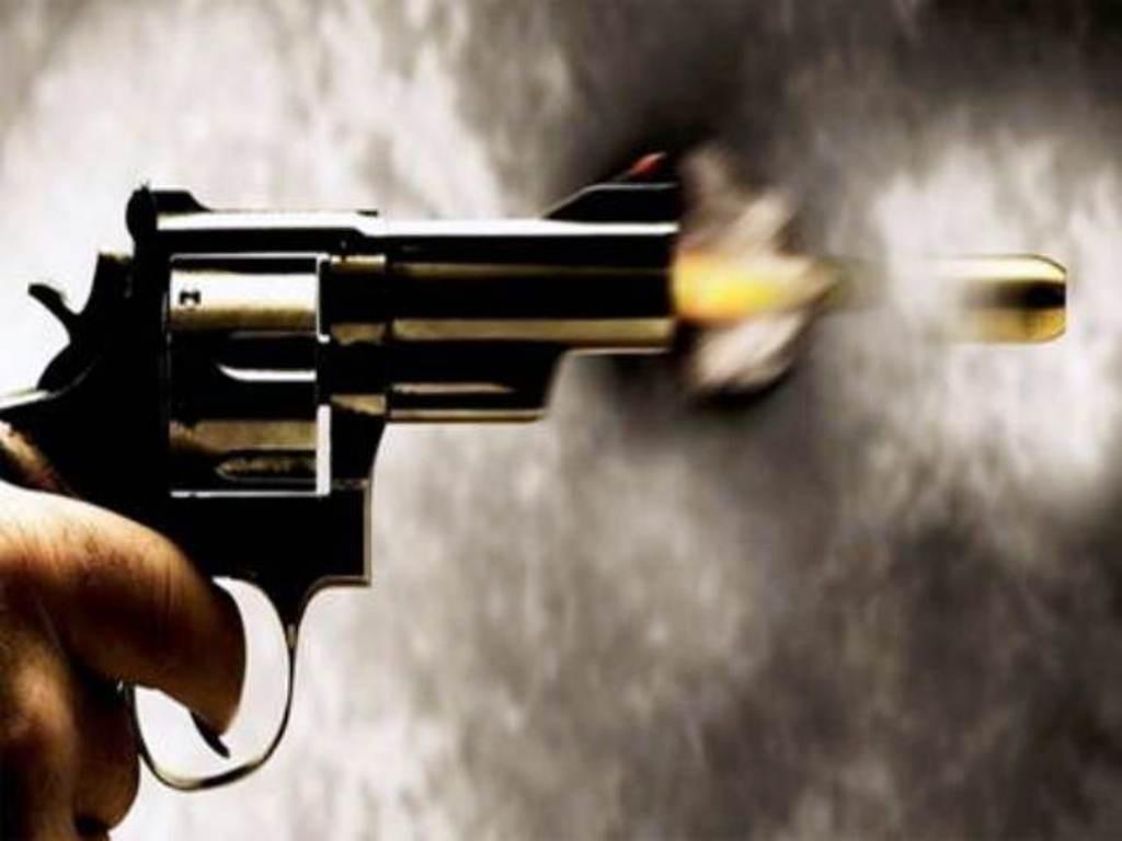 बाजुरामा गोली हानी एक महिलाको हत्या, श्रीमान् पक्राउ