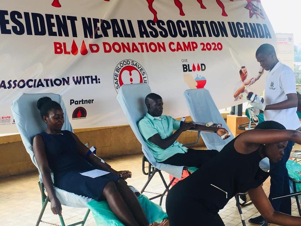 एनआरएनएको सक्रियतामा युगान्डामा रक्तदान