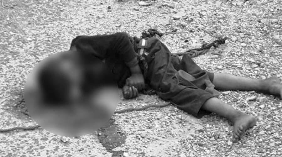 डोरी टाँगेर सहयोग माग्दै गरेका बालकको बसले किचेर मृत्यु
