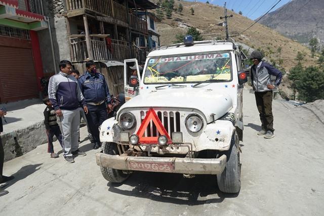 बिरामीको बहानामा एम्बुलेन्स चढेर सुर्खेतबाट मुगु पुगे १२ यात्रु