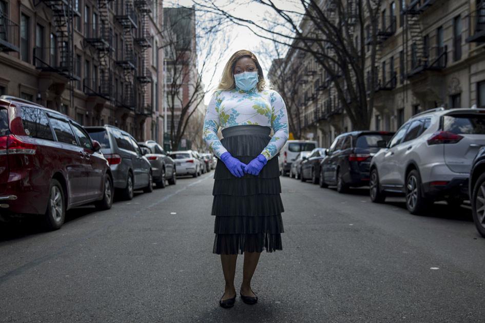 कोरोनाबाट निको भएकी महिला भन्छिन् : मेरो रगतले रहस्य पत्ता लगाउनेछ