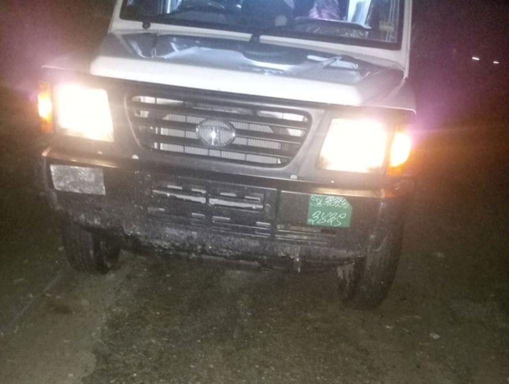 ज्वरोका बिरामी बोक्न नमान्ने सरकारी एम्बुलेन्स चर्को भाडामा यात्रु ओसार्दै