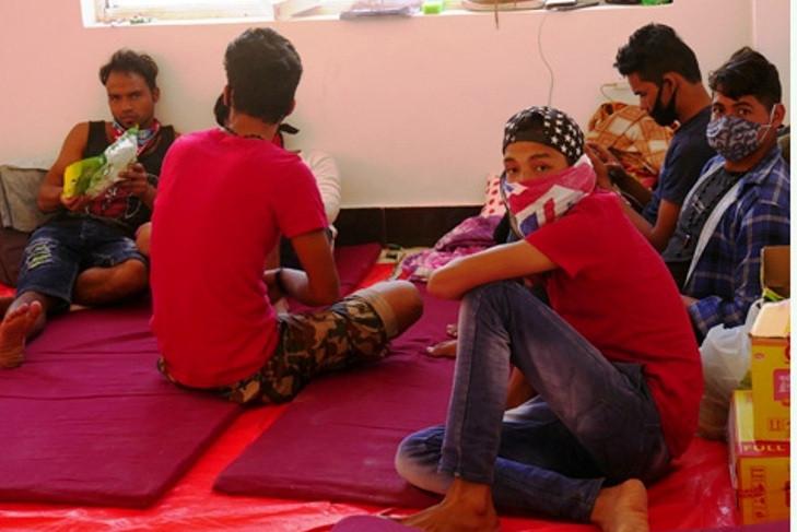 रोकिएन लुकीछिपी नेपाल आउनेको संख्या
