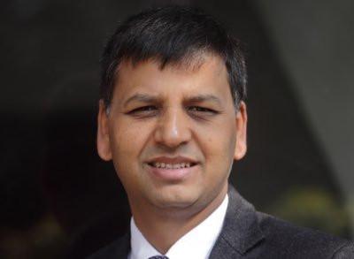 नेकपा नेता रिजालको प्रश्न : मुलुक प्रहरीको तलब काटेर बाँच्नु पर्ने अवस्थामा पुगेको हो ?