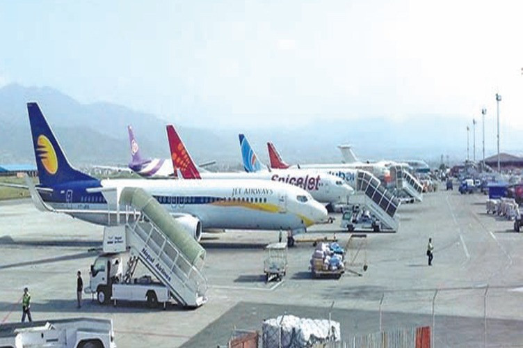 लकडाउनले पर्यटन र हवाई क्षेत्रमा ३४ अर्ब रुपैयाँबराबरकाे क्षति