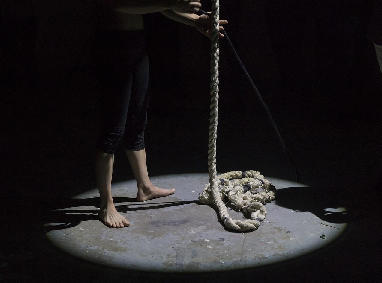 कोरोना पोजिटिभ देखिएका किशोरद्वारा क्वारेन्टाइनमै आत्महत्या
