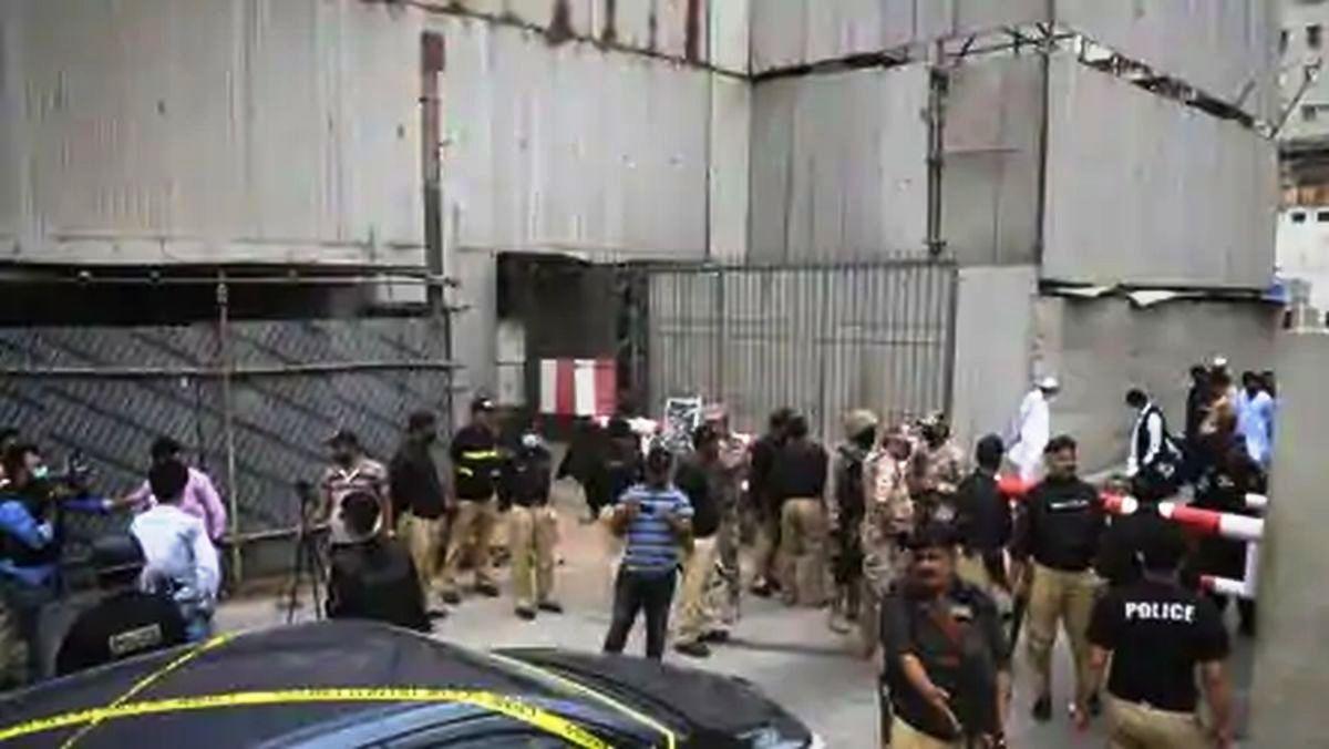 पाकिस्तान स्टक एक्सचेन्जमा बन्दुकधारीको आक्रमण, ४ आतङ्कवादीसहित ६ जनाको मृत्यु
